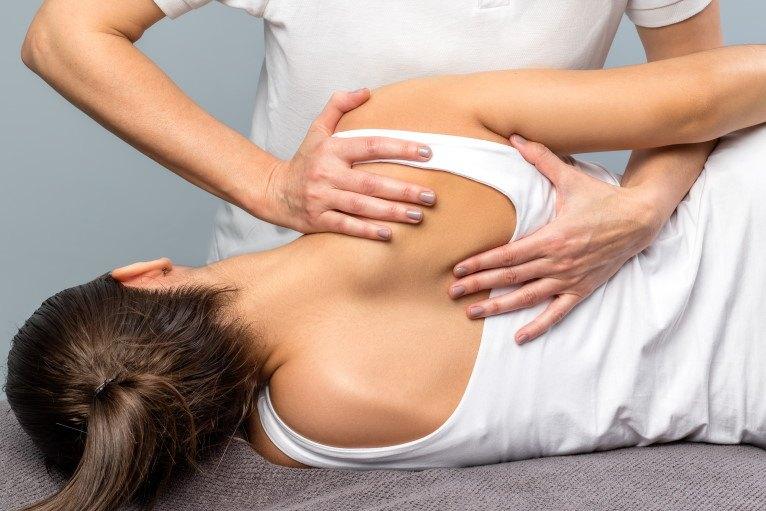 osteopatia-acqui-milano-trattamenti-schiena-ernia